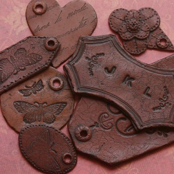Поделки из глины, имитированные «под кожу»