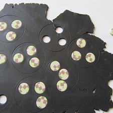 Украшение из «слоеной» глины