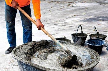 Как правильно замесить бетон?